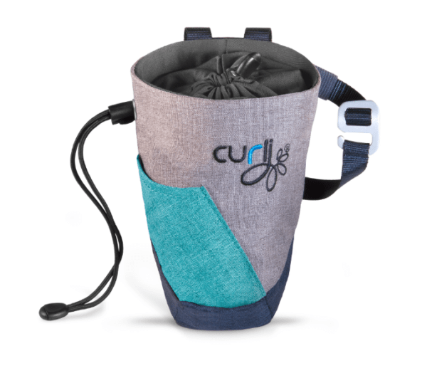Curli dog treat bag. Scuba Gray, open with one hand.
